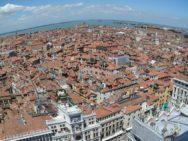 C'è un'altra Venezia che Brugnaro non vuole rappresentare